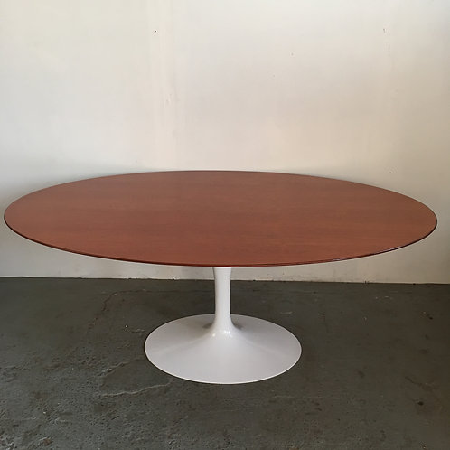 Knoll tulip table teak