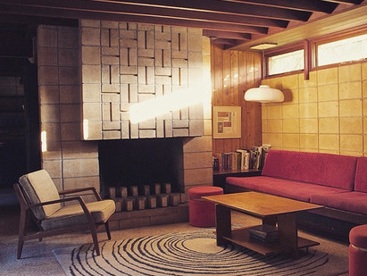 9 of Our Favorite Mid-Century Modern Fireplaces