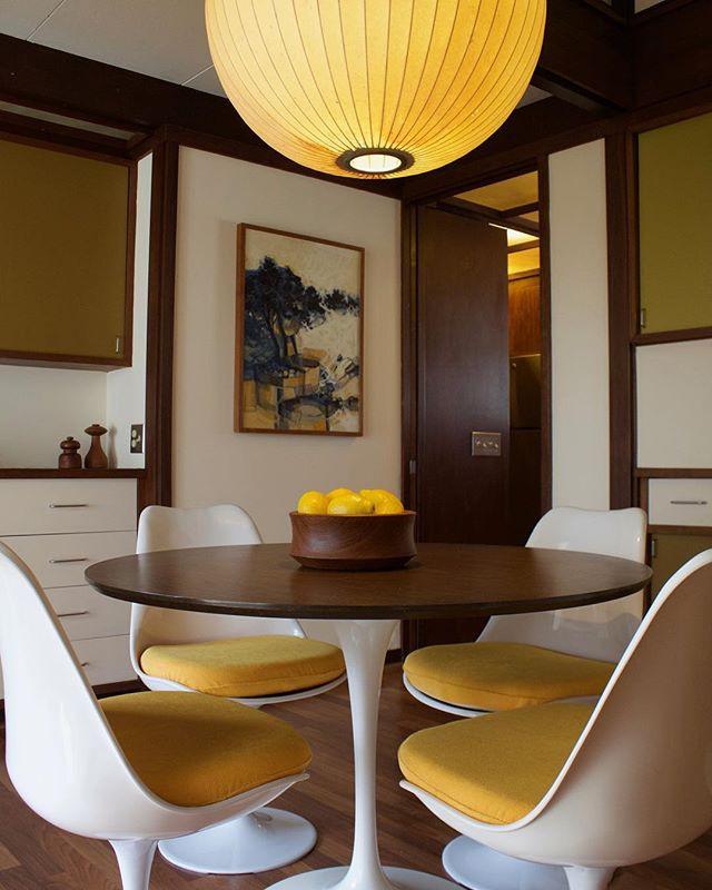 mid-century dining room, knoll table, tulip chair