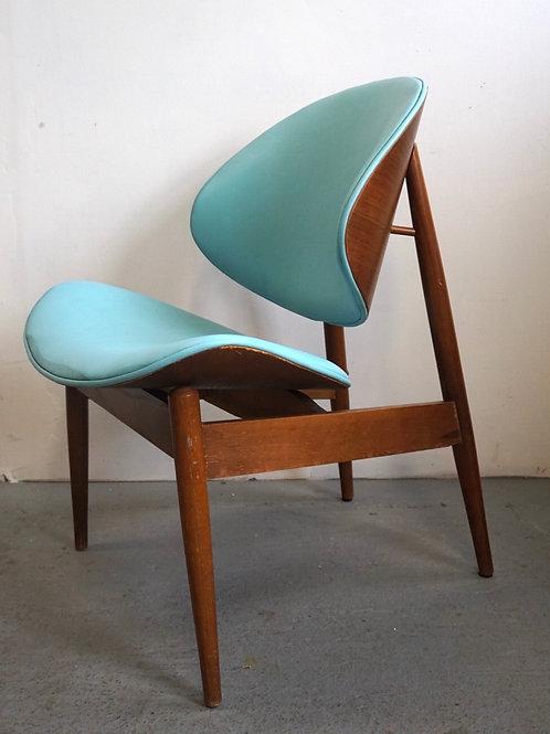 Kodawood Oyster Chair