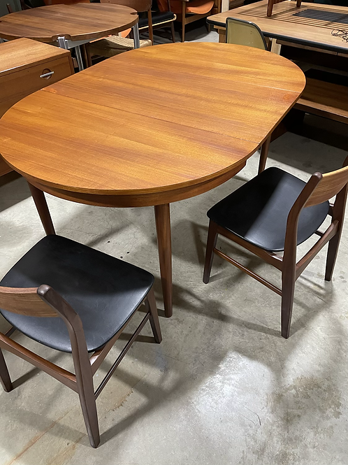 Hans Olsen Roundette Table with leaf and 2 Danish chairs