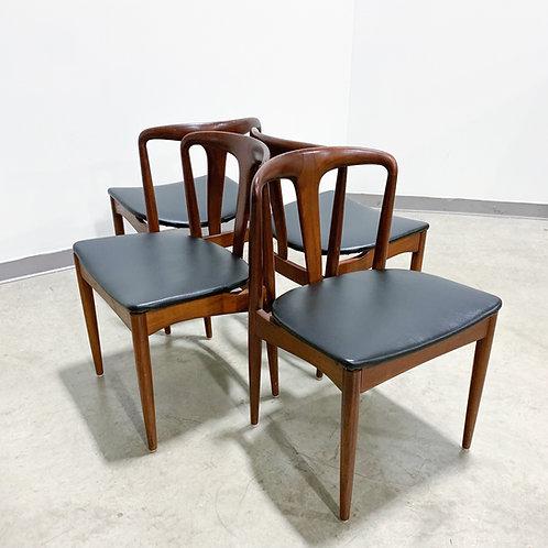 4 Juliane chairs by Johannes Andersen