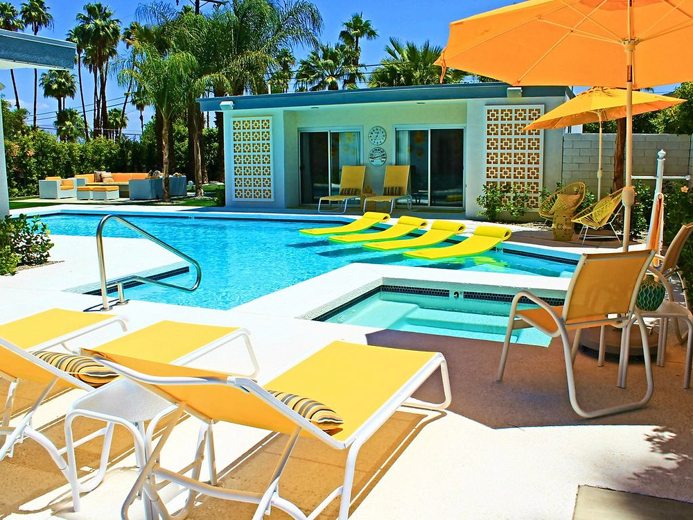 mid-century modern siwmming pool