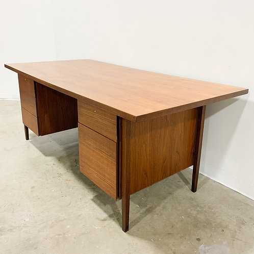 Florence Knoll 1956 Walnut Executive Desk Model 1503