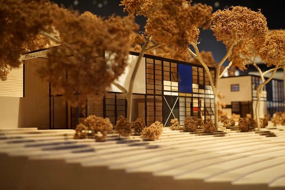 Eames Case Study House 8 model