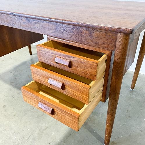 Danish modern Borge Mogensen desk