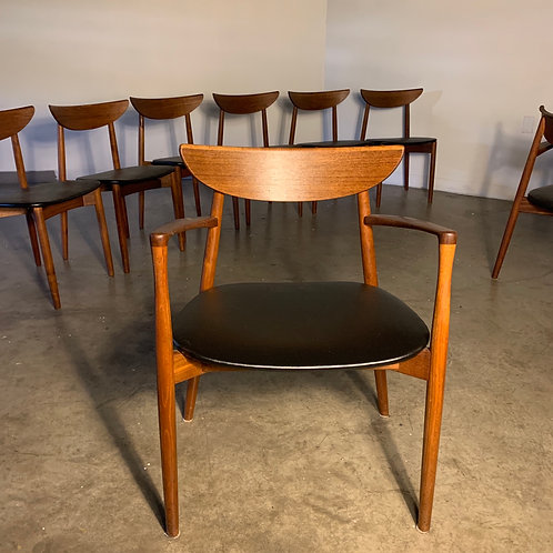 Set of 8 teak Harry Ostergaard dining chairs
