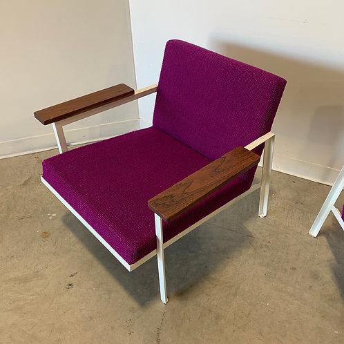George Nelson Steelframe Lounge chairs