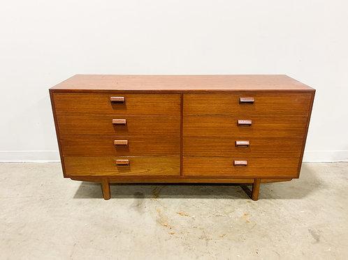 Borge Mogensen 8 drawer dresser
