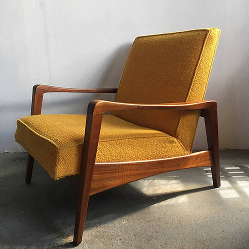 George Nelson yellow lounge chair