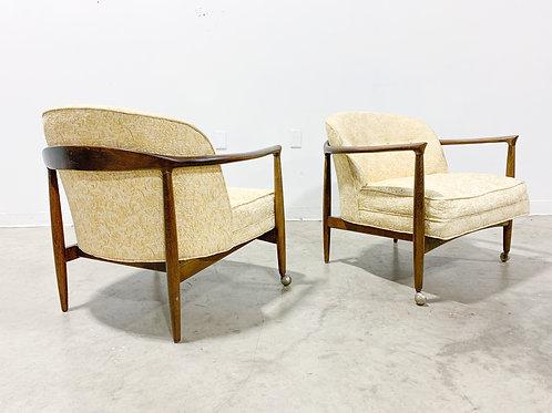 Danish modern lounge chair pair by Finn Andersen