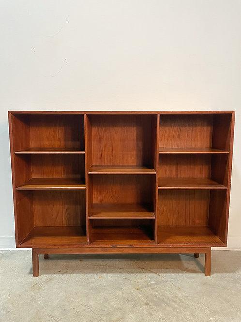 Teak bookcase by Hvidt & Molgaard