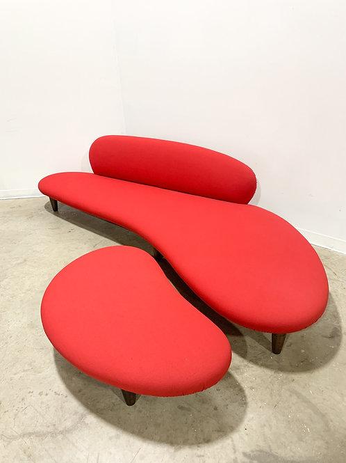 Noguchi Freeform 'Cloud' Sofa and Ottoman by Vitra