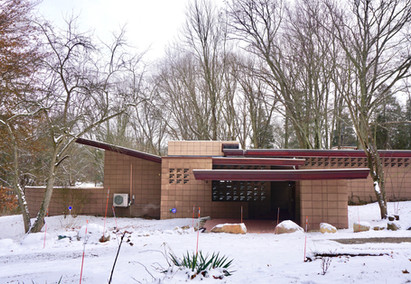 Frank Lloyd Wright's Eppstein House is Ready for Guests