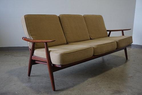 Hans Wegner GE-270 Sofa