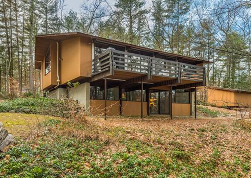 Deck House for Sale