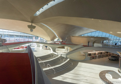Photo Tour and Trip Review of the TWA Flight Center and Hotel at JFK