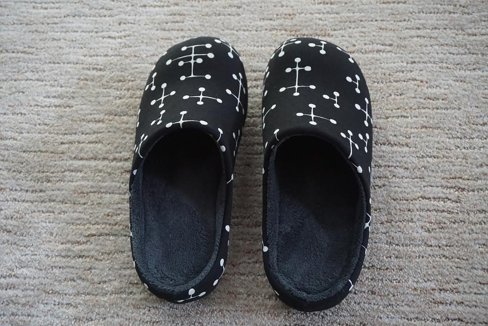 Eames room shoes