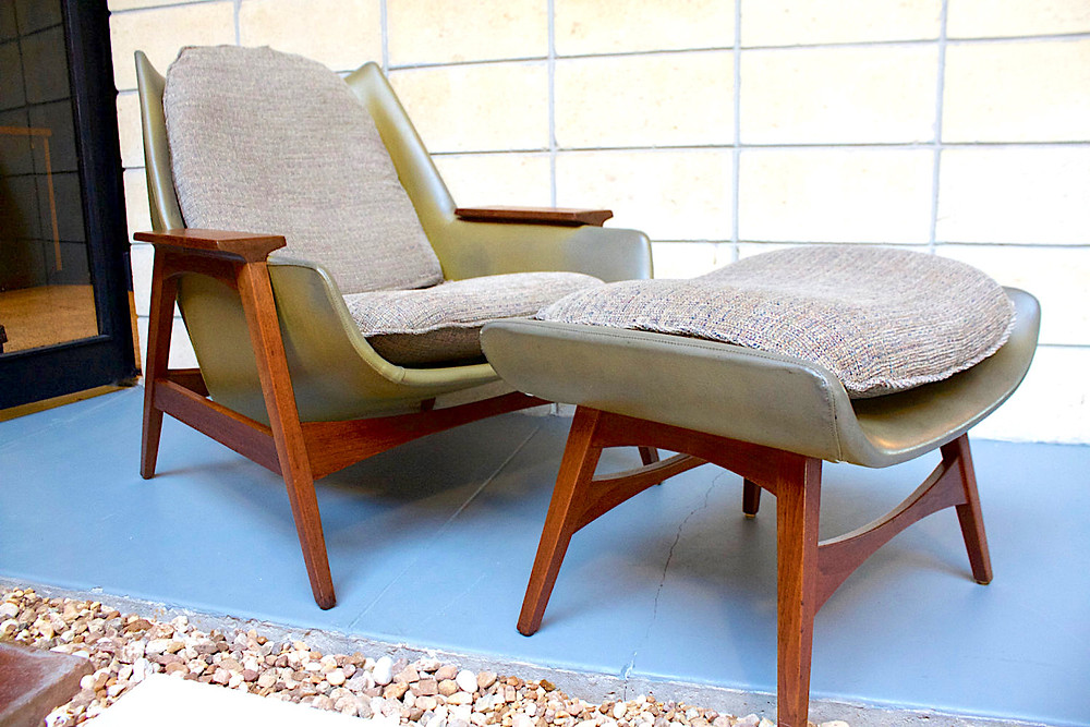 Foster McDavid lounge chair