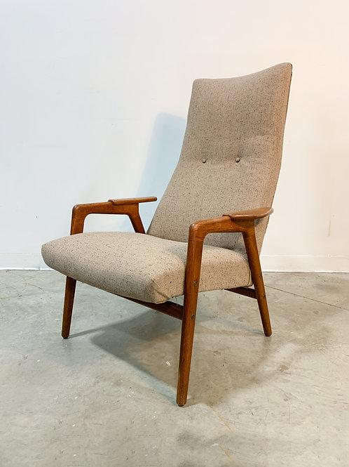 Yngve Ekstrom Ruster Swedish Mid Century Modern Chair