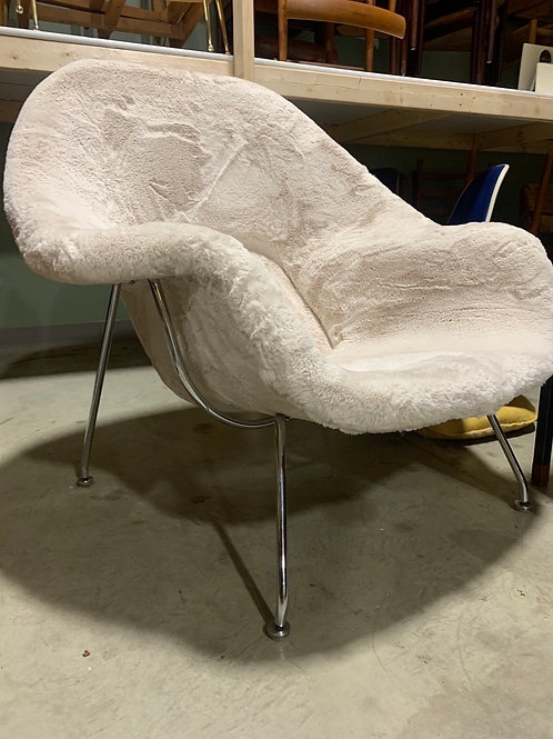 Womb chair and ottoman 1967