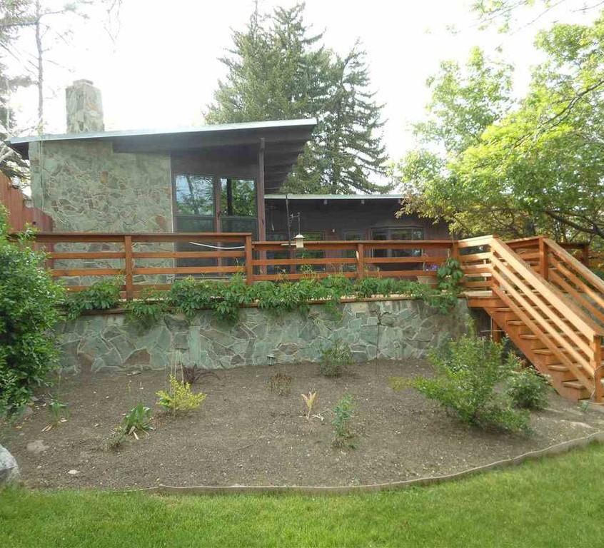Mid-Century Modern For Sale in Idaho
