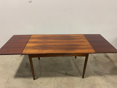 Danish Expanding Rosewood Dining table
