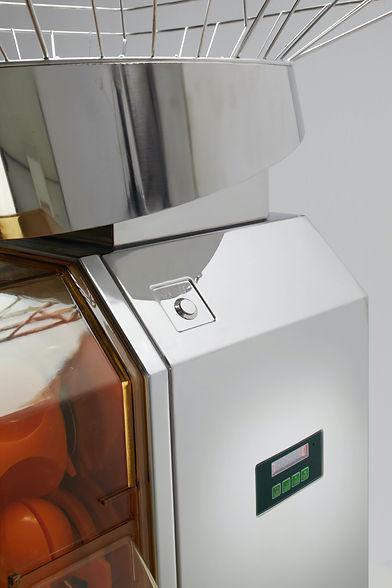 Orangensaftmaschine Seitenansicht