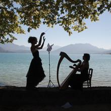 Avec Julia au bord du lac.