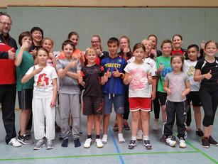 Zum 21. Mal nimmt die Karateschule Kindersportabzeichen ab