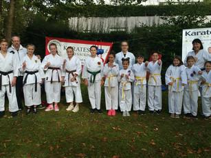 Die Karateschule bei der Freizeitmesse in der Badmatte