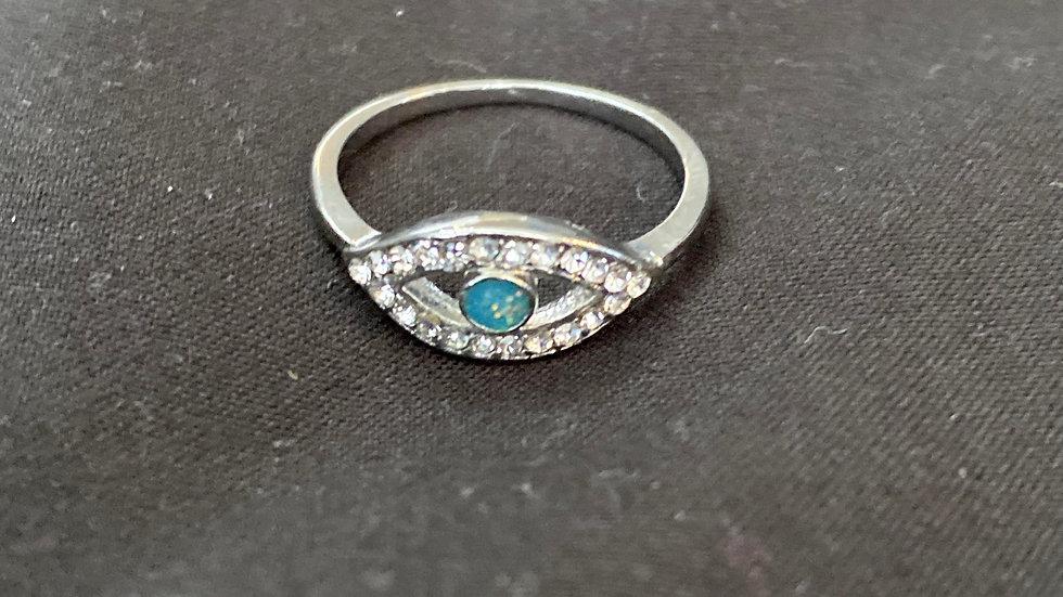 Evil eye ring. Size 6-7