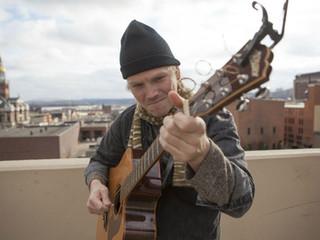 Performer Spotlight: RIVER GLEN
