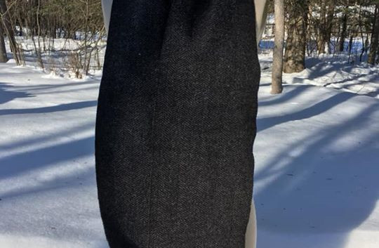 One Solid Color, Black Sheep's Wool Warp, Navy
