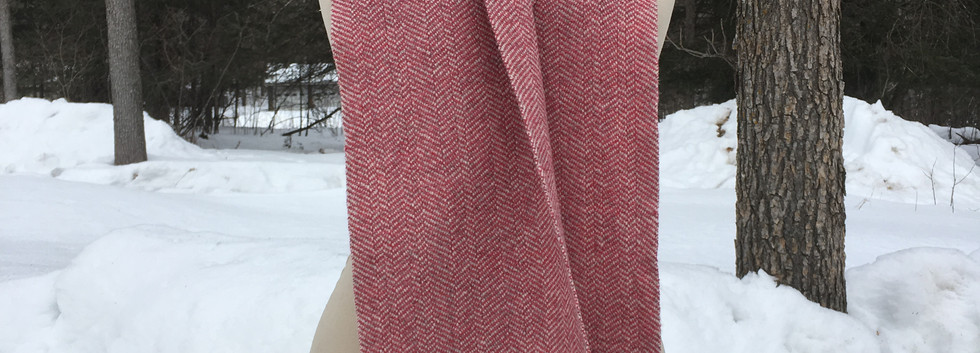One Solid Color, White Sheep's Wool Warp, Pink