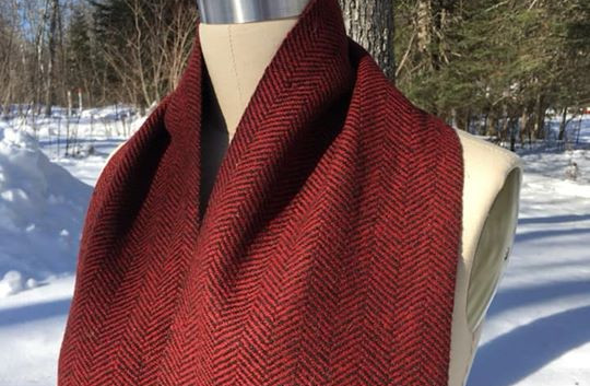 One Solid Color, Black Sheep's Wool Warp, Red Maple