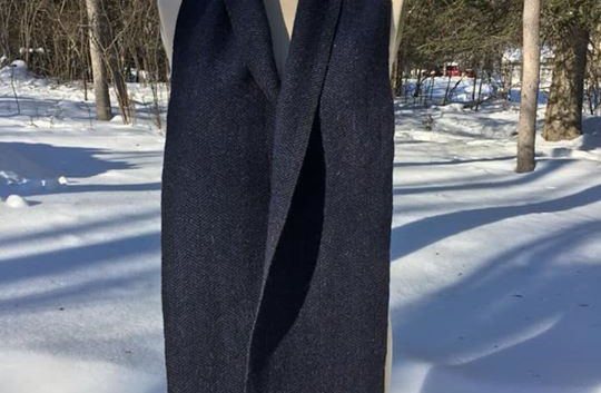 One Solid Color, Black Sheeps Wool, Navy