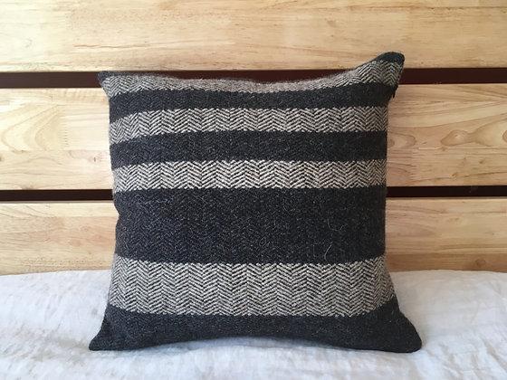 B.C. Throw Pillow: Warbler