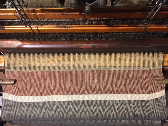 The full width of the fabric! This is the end of the shawl, it was all woven and ready to be taken off of the loom.