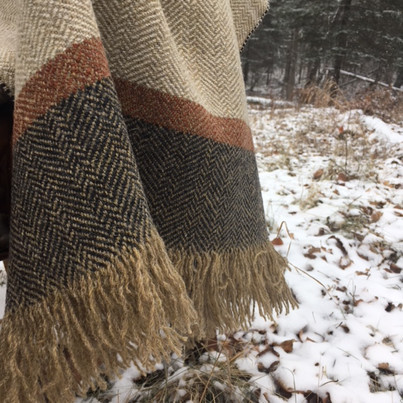 The finished edge of the shawl. So simple and earthy.