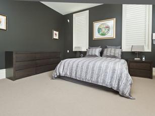 Bedroom Dresser & Bedside Table Set