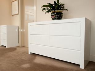 Gloss White Bedroom Drawers