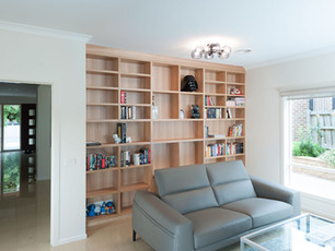 Oak Fitted Bookshelves