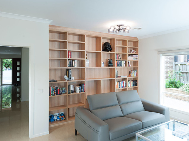 Oak Fitted Bookshelves