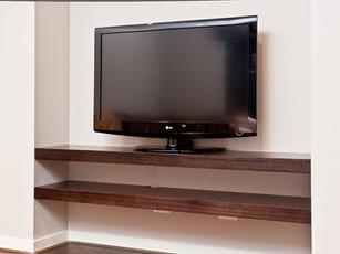 Shelving/TV Unit