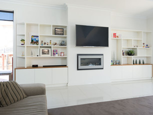 White Fitted Media Centre