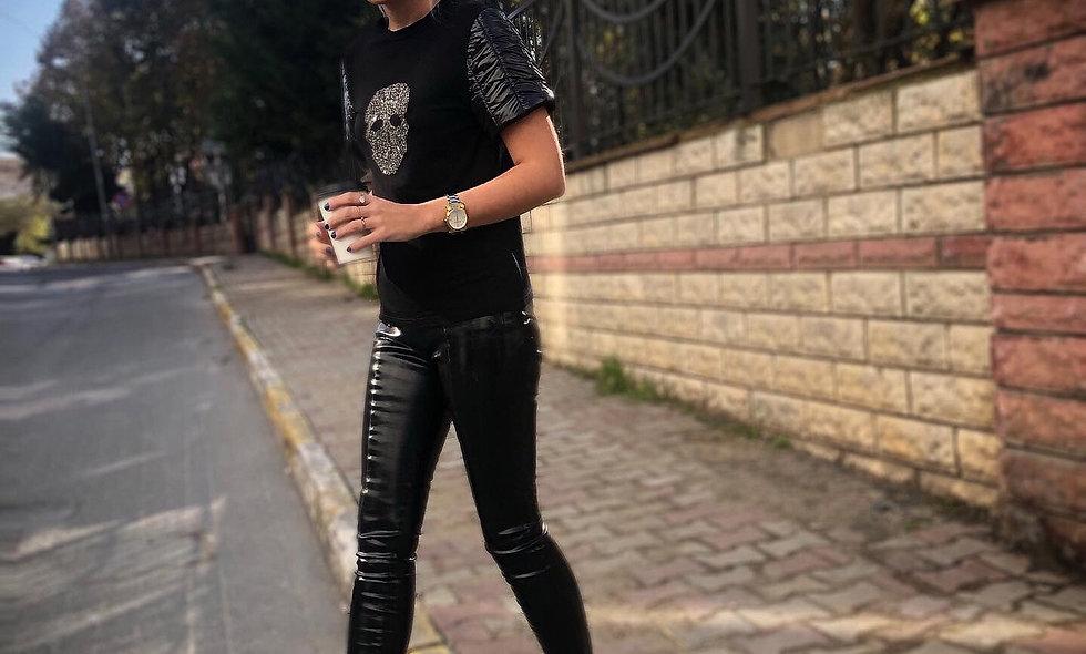 Kuru kafa işlemeli t-shirt