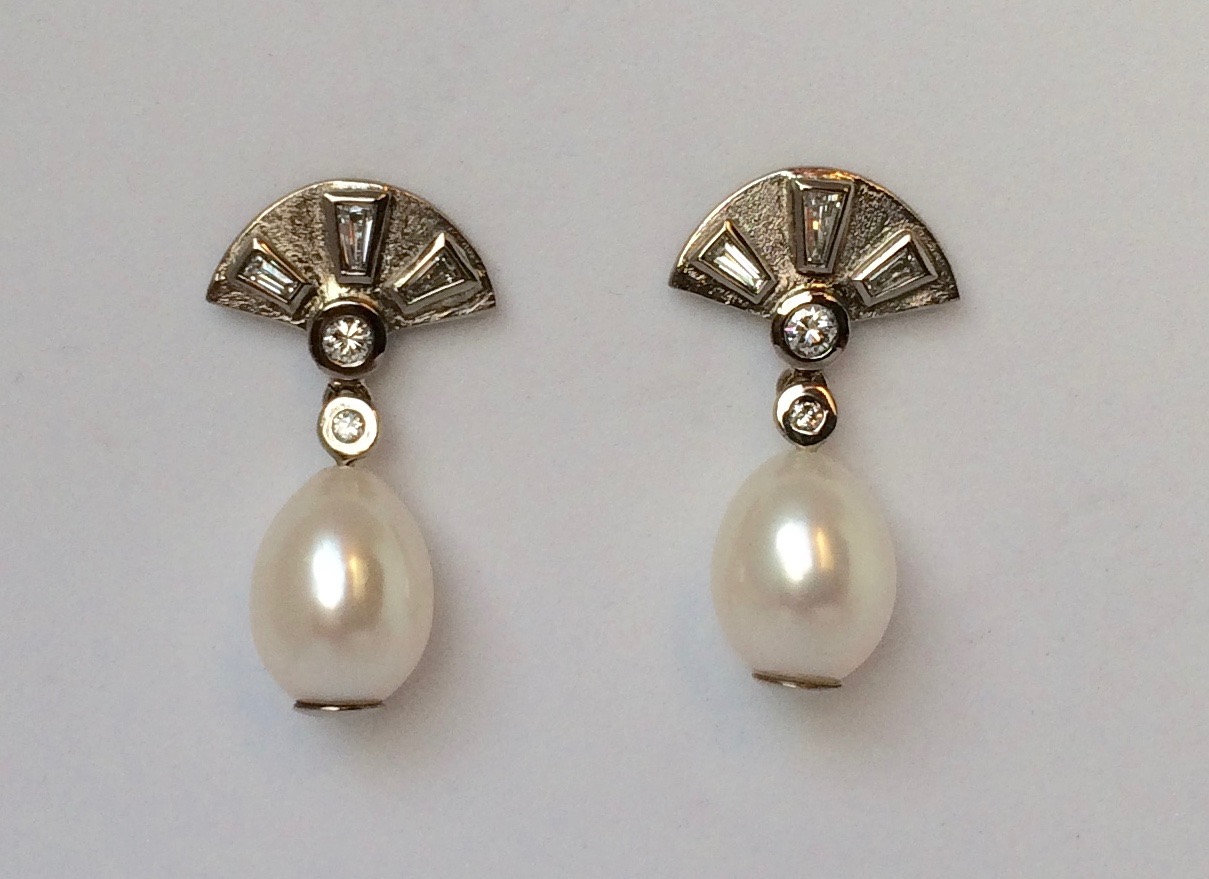Brillanten und Perlen