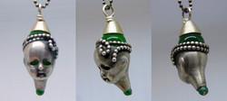 Kopf in Silber mit grünem Achat
