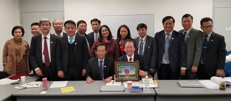 谷弁護士が、JICAのプロジェクトで、ベトナム弁護士会の弁護士に日本の弁護士が実務で判例をどのように使っているか等を講義しました。